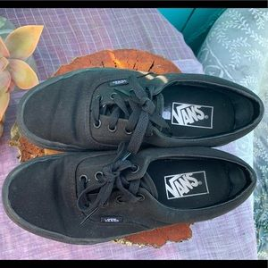 VANS Classic Low Tops- All Black size 7